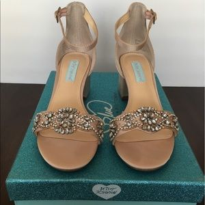 Betsey Johnson SB-MEL Sandal